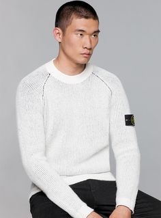Reversible crew neck knit in pure wool Stone Island, Fall Winter, Autumn, Street Wear, Crew Neck, Men Sweater, Camp Fire, Mens Fashion, Pure Products
