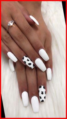 Acrylic Nails Coffin Short, Simple Acrylic Nails, Cute Acrylic Nail Designs, Summer Acrylic Nails, Easy Nail Designs, Accent Nail Designs, Cute Simple Nails, Cute Summer Nail Designs, Really Cute Nails