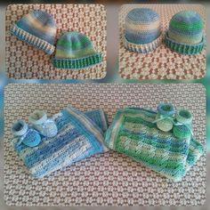 Scarpine, cappellini e copertina per due piccoli gemellini. Uncinetto. Crochet