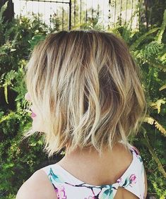 Chic Chin Length Messy Wavy Hairstyles 2016 for Women. 19 Best Short Hairstyles for Women That Rock You. Super Hot Easy to Style Short Hairstyles and Haircuts for Women including Pixie, Bob, Layered and Curly Hair.