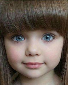 "Meet Gorgeous Anastasiya Knayazeva Also Known As ""World's Most Beautiful Kid"" - Slydor - Your Daily Dose Of Fun. Beautiful Little Girls, World's Most Beautiful, Beautiful Children, Beautiful Eyes, Beautiful Babies, Baby Kind, Cute Baby Girl, Baby Love, Cute Babies"
