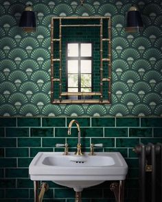 Green metro tiles with Art Deco style green wall… Glamorous bathroom inspiration. Green metro tiles with Art Deco style green wallpaper. Bathroom Inspiration, Interior Inspiration, Design Inspiration, Glamorous Bathroom, Beautiful Bathrooms, Mad About The House, Bathroom Tile Designs, Bathroom Art, Bathroom Vintage