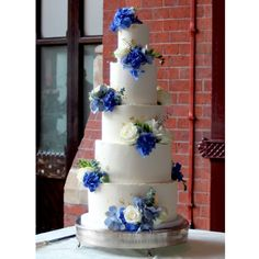 Yolk (@cakesby_yolk) • Instagram photos and videos Cake Gallery, Blue Hydrangea, Buttercream Cake, Tiered Cakes, White Roses, Cake Decorating, Wedding Cakes, Photo And Video, Beautiful