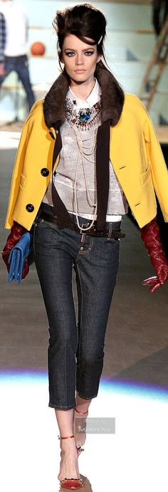 Dsquared². Sport Fashion, Denim Fashion, Womens Fashion, Runway Fashion, Fashion Show, Street Fashion, High Fashion, Jeans Style, Love Jeans
