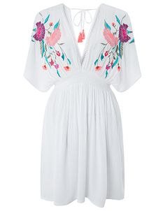 Refresh your holiday wardrobe with our Dani embroidered kaftan for a trend hit. Stitched with tropical flowers on its crinkled fabric, this design has a chic...