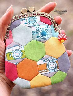 Frame purse - hexagon / color blocking by ShapeMoth, via Flickr