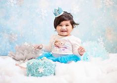 Holiday Snowflakes Backdrop Frozen Party Backdrop by FabDrops Snowflake Photography, Christmas Photography Backdrops, Christmas Backdrops, Frozen Party Backdrop, Princess Theme, Holiday Pictures, Backdrops For Parties, Christmas Background, Christmas Traditions