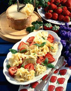 Unser beliebtes Rezept für Pikanter Käsesalat und mehr als 55.000 weitere kostenlose Rezepte auf LECKER.de.