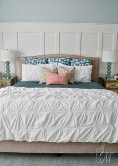 Sita Montgomery Interiors. Love the pintuck duvet and pillow arrangement..need this for my bedroom!