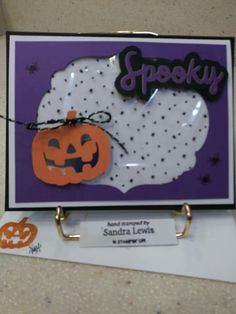 Paper Pumpkin alternate for September 2018 Halloween card made with the treat bag, that I cut into two. Pumpkin Cards, Paper Pumpkin, Halloween Cards, Fall Halloween, Fall Cards, Treat Bags, Stamping Up, Fun Crafts, September