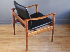 Fredrik Kayser Model 711 Rosewood Lounge Chair 2