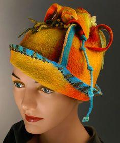 Jackie Mirabel   _felt_fashion_hat_gallery