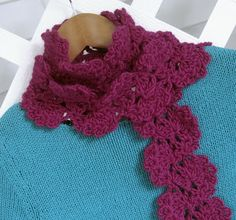 Mr. Micawber's Recipe for Happiness: Double Thistle Scarf Pattern & Tutorial