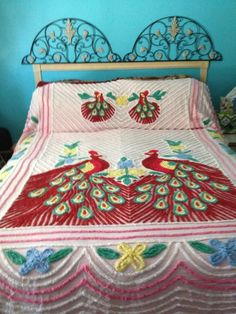 Peacock chenille bedspreads are a Retro classic. They were often seen, in the hanging on lines outside tourist shops near major vacation spots. Vintage Bedspread, Chenille Bedspread, Bedroom Vintage, Gypsy Bedroom, Linen Bedroom, Vintage Gypsy, Vintage Stuff, Beautiful Home Designs, House Beautiful