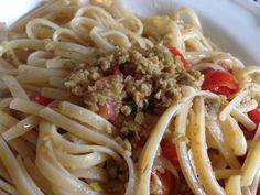 linguine al pesto di olive e pomodorini confit - La Cucina del Bosco