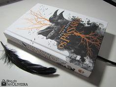 Um dos lançamentos da DarkSide Books  esperados para o mês de outubro de 2016 ( mês de aniversário da editora )  era o livro Os Pássaros (Th...