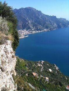 Cliffs below the Belvedere of Infinity, Ravello, Italy Sorrento, Positano, Ravello Italy, Amalfi Coast, Places Ive Been, Infinity, Beautiful Places, Places To Visit, To Go
