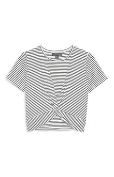 Primark - White Stripe Knot Front Top Primark Outfit, Primark Clothes, Korean Fashion Dress, Fashion Dresses, Teen Crop Tops, Knot Front Top, Cute Outfits, Fancy Clothes, Style Inspiration
