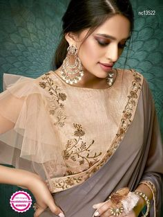 Products Brown Georgette Plain Saree mit Designer-Bluse What To Look For When Buying Gold Jewelry Go Choli Blouse Design, Saree Blouse Neck Designs, Fancy Blouse Designs, Bridal Blouse Designs, Saree Blouse Models, Net Saree Blouse, Mehndi Designs, Sari Bluse, Collection Eid