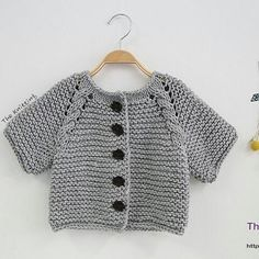Knitted Baby Vest, Cardigan, Sweater Models – 2 – monica calvo zapata – Join in the world of pin Knit Vest Pattern, Knit Headband Pattern, Crochet Baby Cardigan, Knit Crochet, Knitted Baby, Unisex Looks, Quick Knits, Baby Sweaters, Baby Knitting Patterns