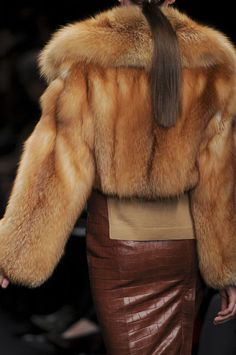 Nadire Atas on Fashionista At Large red fox fur jacket & crocodile skirt Fur Fashion, Winter Fashion, Womens Fashion, Milan Fashion, Street Fashion, Fox Fur Jacket, Leather Jacket, Fur Accessories, Fabulous Furs