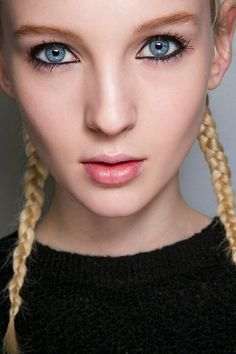 31 Sleek Hairstyles That Will Help You Beat the Heat This Summer d3e5e7c5614f