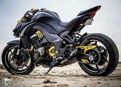 """4,087 Me gusta, 6 comentarios - Motorcycles Colombia & World® (@colombia_bikes) en Instagram: """"Kawasaki  Z1000 @mnguyen911  #Colombia_bikes _________________________  Recuerda seguír a nuestra…"""""""