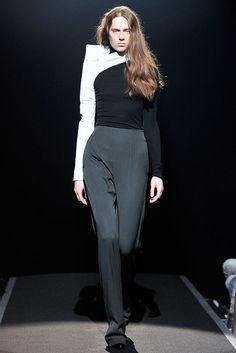 Maison Margiela Fall 2009 Ready-to-Wear Fashion Show - Milena Cichecka (ELITE)