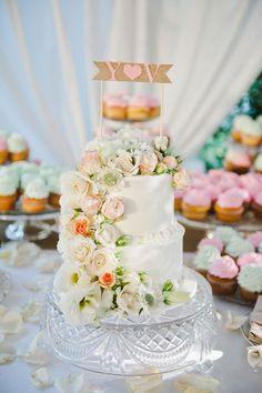 wedding cake with monogram topper