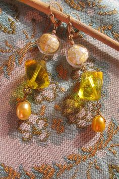 Taffnieware earbobs Murano gold foil beads with vintage by taffnie