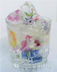 Flower filled ice cubes? Beautiful!