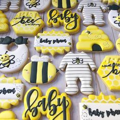 60 New Ideas Baby Shower Cookies Neutral Birthday Parties cookies birthday babyshower baby 750271619154494521 Unisex Baby Shower, Baby Shower Niño, Baby Shower Cookies, Baby Shower Themes, Shower Ideas, Bee Baby Showers, Baby Shower Yellow, Baby Yellow, Yellow Black