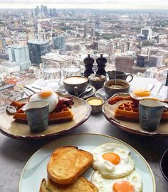 Brunch with a view at Duck and Waffle by @bananamangoauntie #toplondonrestaurants #duckandwaffle