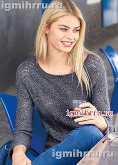 Легкий ажурный пуловер-реглан лавандово-серого цвета. Вязание спицами