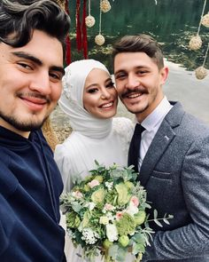 Görüntünün olası içeriği: 3 kişi Hijab Fashion, Fashion Outfits, Hijab Bride, Pink Wedding Dresses, Instagram, Weddings, Style, Makeup, People