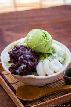 Green Tea Shaved Ice (Ujikintoki) 宇治金時かき氷 | Easy Japanese Recipes at JustOneCookbook.com