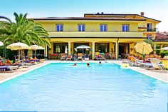Hotel San Marco - Bardolino ... Garda Lake, Lago di Garda, Gardasee, Lake Garda, Lac de Garde, Gardameer, Gardasøen, Jezioro Garda, Gardské Jezero, אגם גארדה, Озеро Гарда ... If you are looking for comfort hospitality and a relaxing atmosphere, step inside and discover our Hotel San Marco. You will find the right place to relax, unwind and let time slip away at Lake Garda. Our hotel is located in Cisano a romantic village between Bardolino and Lazise, with