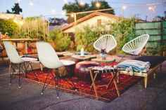 the lovely rental furniture Outdoor Lounge, Outdoor Areas, Outdoor Chairs, Outdoor Living, Outdoor Furniture Sets, Outdoor Decor, Modern Furniture, Concrete Backyard, Acapulco Chair