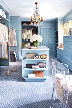The best of luxury closet design in a selection curated by Boca do Lobo to inspire interior designers looking to finish their projects. Discover unique walk-in closet setups by the best furniture makers out there Interior, Home, Walk In Closet Design, Traditional Home Magazine, Closet Vanity, House Interior, Closet Designs, Closet Design, House And Home Magazine