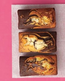 I love warm marble cake with a scoop of ice cream! Chocolate-Vanilla Marble Cakes Recipe -- make four miniature loaves Marble Pound Cakes, Marble Cake Recipes, Loaf Recipes, Baking Recipes, Food Cakes, Cupcake Cakes, Mini Loaf Cakes, Coconut Dessert, Martha Stewart Recipes