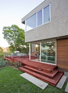 Redesdale Residence / Space International