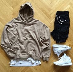 WEBSTA @ bestoutfitgrids - Outfitgrid by Mens Fashion Wear, Dope Fashion, Urban Fashion, Fashion Outfits, Hype Clothing, Mens Clothing Styles, Cool Outfits, Casual Outfits, Men Casual