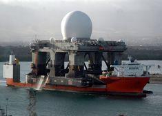 Blue Marlin transporting sea-based X-band radar