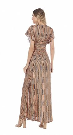 Vestido Longo Decote V Abertura Lateral Paprica Simple Dresses, Beautiful Dresses, Casual Dresses, Dress Outfits, Dress Up, Summer Fashion Outfits, Summer Dresses For Women, Beachwear, Party Dress
