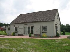 Designers and manufacturers of Fine New England Style Post & Beam Carriage Houses, Garden Sheds and Country Barns. Carriage House Garage, Barn Garage, Garage Studio, Garage Workshop, Barn House Plans, Shed Plans, Barn Shop, Pole Barn Homes, Pole Barns