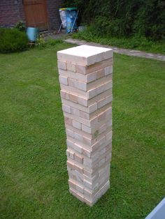 Giant backyard Jenga- we have to make this for the Summer cook outs- too fun!