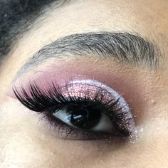 Sparkly pink eyeshadow look perfect for Valentine's Day