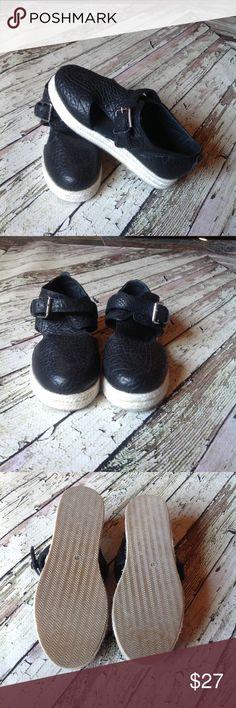 Free People genuine leather espadrilles 🌷 Black leather espadrilles with buckle, like new. Free People Shoes Espadrilles