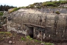 Forgotten Bunker A forgotten German bunker appears after more than 70 years in the ground. Afghanistan War, Iraq War, Joining The British Army, Bunker Hill Los Angeles, Bunker Hill Monument, Civil Engineering Design, Doomsday Bunker, Christian Stories, Gettysburg Battlefield