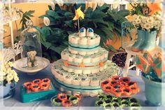 Chá de Bebê azul e laranja  Bolo de fraldas Redoma de Vidro Pipa Catavento |||||||||||||||  Baby Shower Blue and Orange - Bell Jar - Kite - Diaper Cake